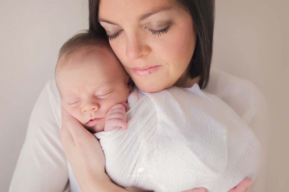 Newborn Photographer Pensacola Florida_0004.jpg